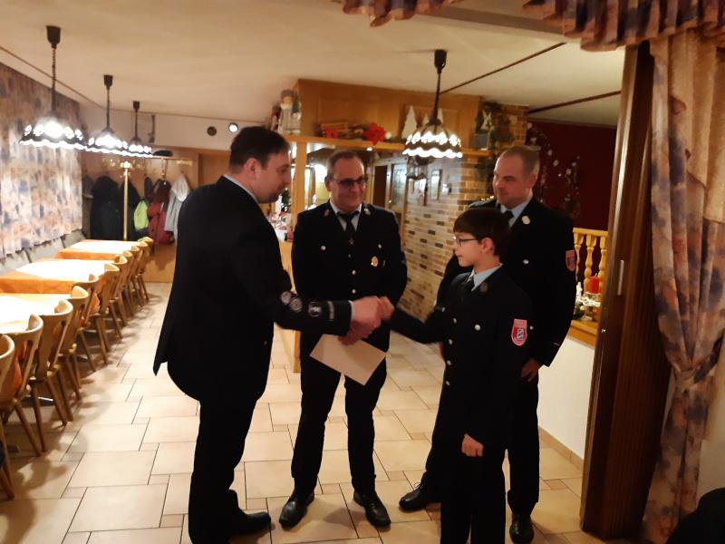 Begrüßung von Tim Hölzel in der Feuerwehr Schlegel